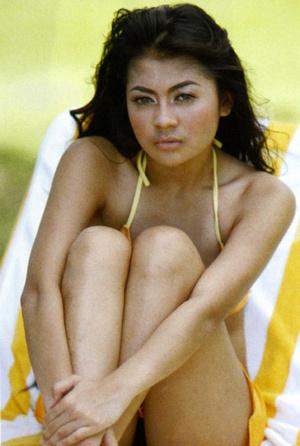 Foto Bikini Indah Dewi Pertiwi Beredar Lagi