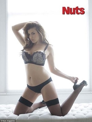 Pasca Melahirkan, Imogen Thomas Makin Hot