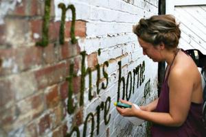 Cara Membuat Graffiti Ramah Lingkungan Dari Lumut