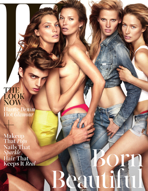 Foto Kate Moss Topless dengan 11 Model di W Magazine
