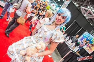 Foto Aksi Cosplay Keren di New York Comic Con 2014