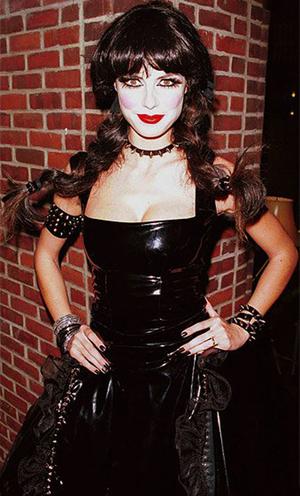 15 Kostum Unik Ratu Halloween Heidi Klum