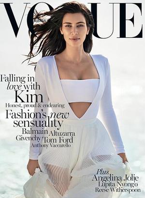 Foto Seksi dan Sensual Kim Kardashian di Vogue Australia Februari