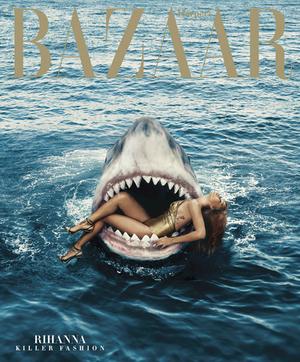 Foto Seksi Rihanna Renang Bareng Hiu di Majalah Harper's Bazaar