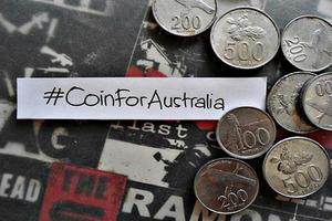 Foto-Foto Aksi Gerakan #KoinuntukAustralia