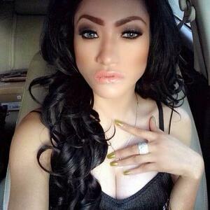 Foto Hot Amel Alvi Makin Dicari Usai Isu Prostitusi