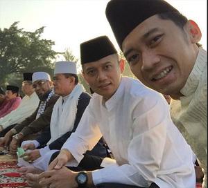 Mengintip Foto Lebaran 'Sempurna' Keluarga SBY & Ibu Ani
