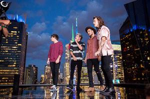 Foto Keren Behind The Scene Video Klip One Direction 'Perfect'