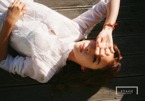Foto Awet Muda, Dara 2NE1 Tampil Cantik & Imut di Proyek YG