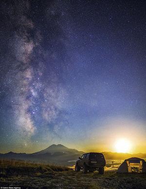 Mengagumkan, Ini Potret Keagungan Galaksi Bima Sakti dari Bumi