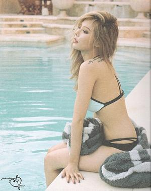 Beredar Foto HyunA Nyaris Telanjang di Album Solo A+