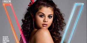 Topless di Majalah V - 5 Foto Selena Gomez Paling Hot