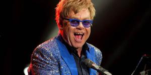 Elton John - 6 Artis Tampan Yang Ngaku Gay