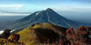 Gunung Lawu - 5 Gunung Paling Horor di Indonesia