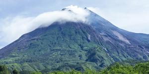Gunung Merapi - 5 Gunung Paling Horor di Indonesia