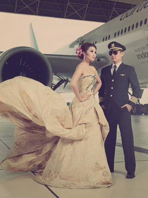 Foto Prewedding Keren Fitri Carlina dan Pilot Tampan
