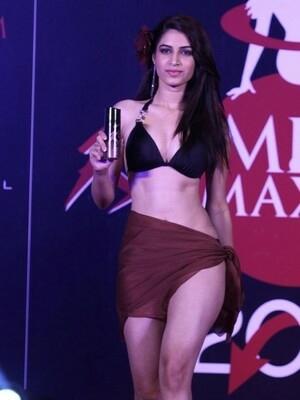 Foto Cantik & Seksi Kontestan Miss Maxim 2015