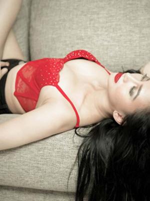 Foto Hot Lita Keysha di Majalah Pria Dewasa