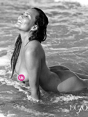 Chrissy Teigen Bugil di Majalah DuJour