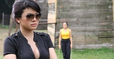 FOTO: Cuplikan Adegan 'Mama Minta Pulsa' - 4