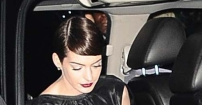 Hathaway - 5 Selebriti yang Tertangkap Basah Tak Pakai Celana Dalam