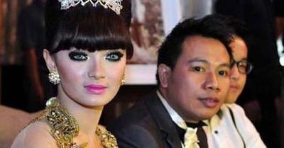 Pertunangan Vicky Prasetyo - Zaskia Gotik Hanya Settingan? ...