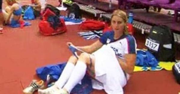 atlit olahraga atlet cantik olimpiade london ganti