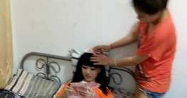 foto gao yue er gadis china narsis pamer uang dan barang