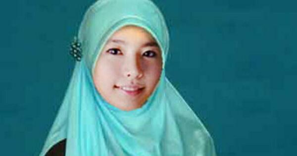 foto cantiknya member girls generation kenakan jilbab   sunny