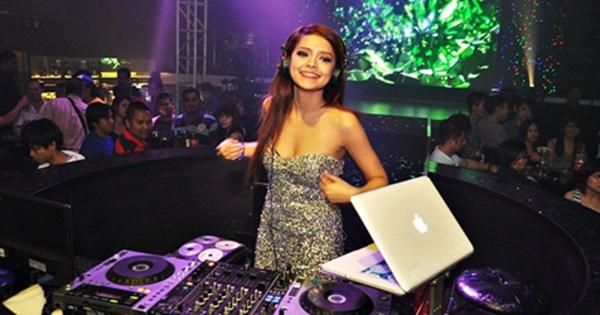 dj yasmin   5 female dj cantik amp seksi indonesia