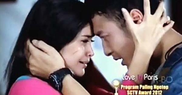 Season 2 Suguhkan Adegan Ciuman Dimas Anggara Michelle ZiudithFoto Dimas Anggara Dan Febby Blink